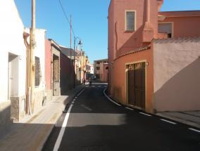 veduta della via parrocchia in Sestu